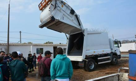 LOS NUEVOS CAMIONES RECOGERÁN 125 CONTENEDORES EN 4 HORAS.