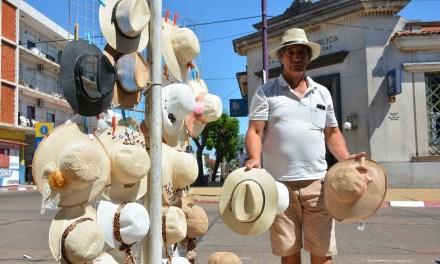 SOMBREROS COWBOY Y CAPELINAS LA MODA COOL EN ARTIGAS