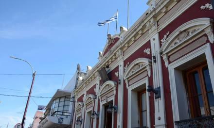 INTENDENCIA Y MUNICIPIOS CERRADOS ESTE MIÉRCOLES POR EL DÍA DEL FUNCIONARIO MUNICIPAL
