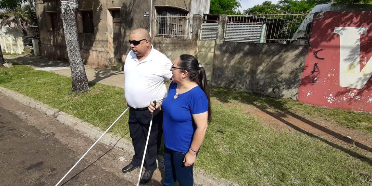 RICARDO: HACE 22 AÑOS ES POLICÍA , HACE 15 QUEDÓ CIEGO Y DESDE HACE DOS AÑOS SU ESPOSA SANDRA QUEDÓ CON BAJA VISIÓN