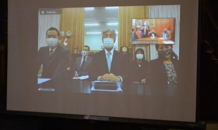 EMBAJADOR DE JAPÓN ENTREGÓ FORMALMENTE DE MANERA VIRTUAL EL SEGUNDO BUS DE LA SALUD PARA NUESTRO DEPARTAMENTO.