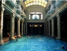 permandian air hangat Budapest