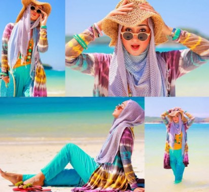 Gaya Hijaber di Pantai