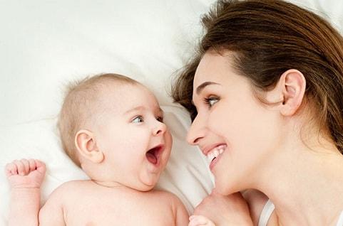 bayi dan mama