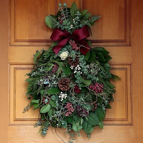 Holiday_door_swag