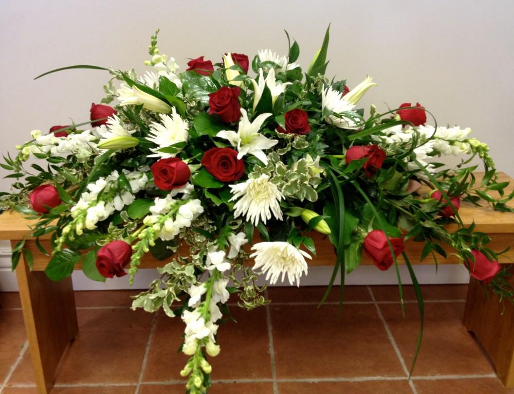 Red&white_casket