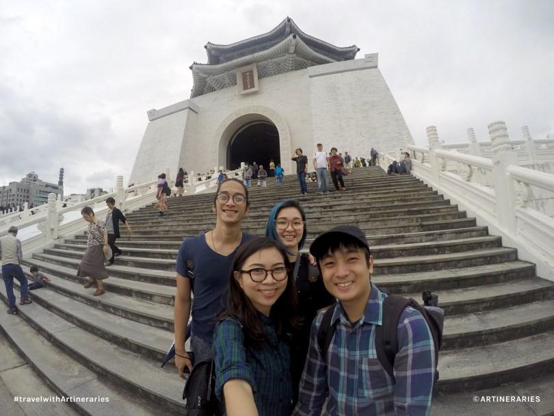 All smiles at the Chiang Kai Shek Memorial Hall