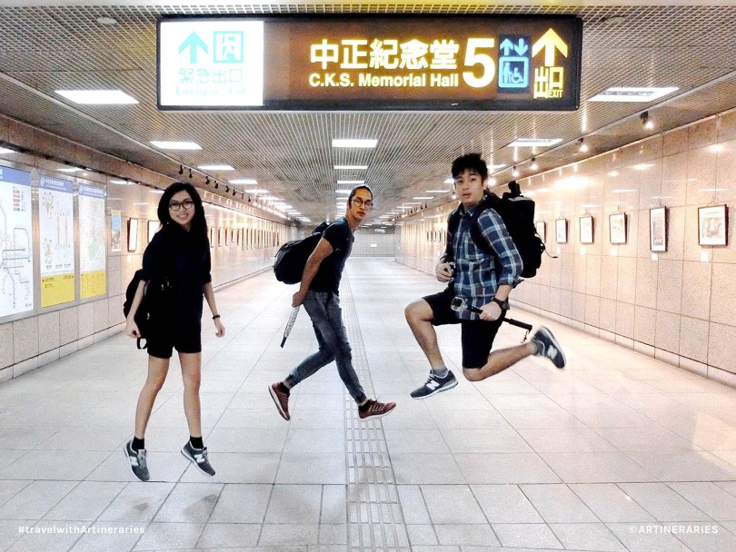 Goofing around Ximen Station on the way to Chiang Kai Shek Memorial Hall