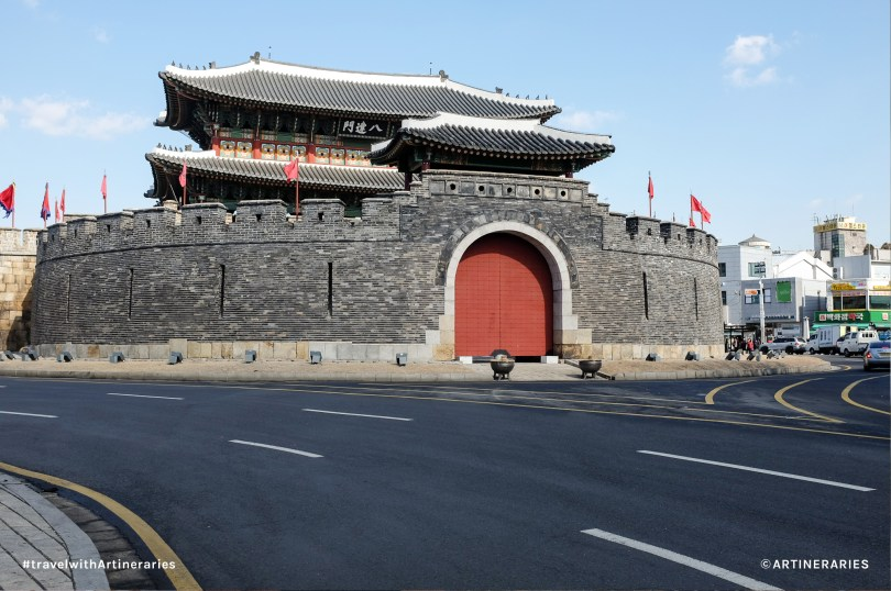The Paldalmun Gate of Hwaseong Fortress in Suwon / Photo by Ivan Angelo
