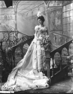 consuelo vanderbilt wedding gown Lovely 515 best In the Past Faces Fashions images on Pinterest