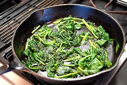 1-spinach-in-pan.jpg
