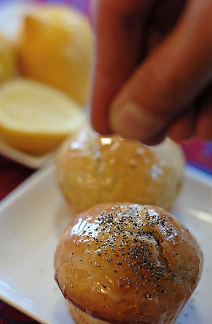 5-sprinkle-with-poppyseed.jpg