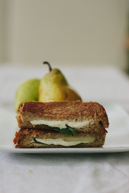 Grilled Sandwiches: Pear, Basil, Smoked Mozzarella | Artisan Bread in Five Minutes a Day