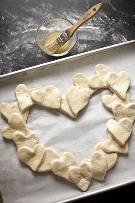 Heart bread 03