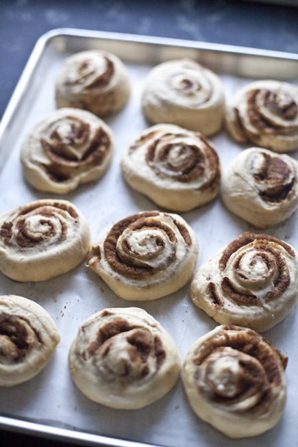cinnamon rolls 06