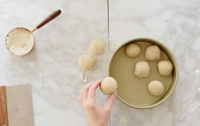 Placing Dinner Rolls in Round Cake Pan   Artisan Bread in Five Minutes a Day