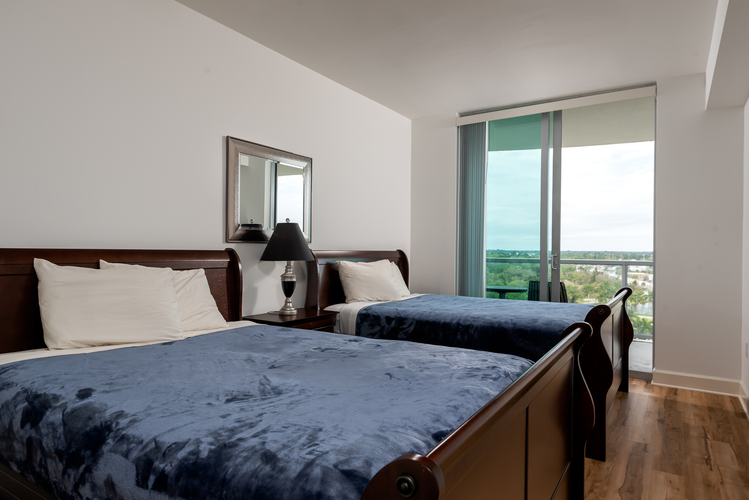 Fort-myers-fl-river-condo-oasis-second-bedroom