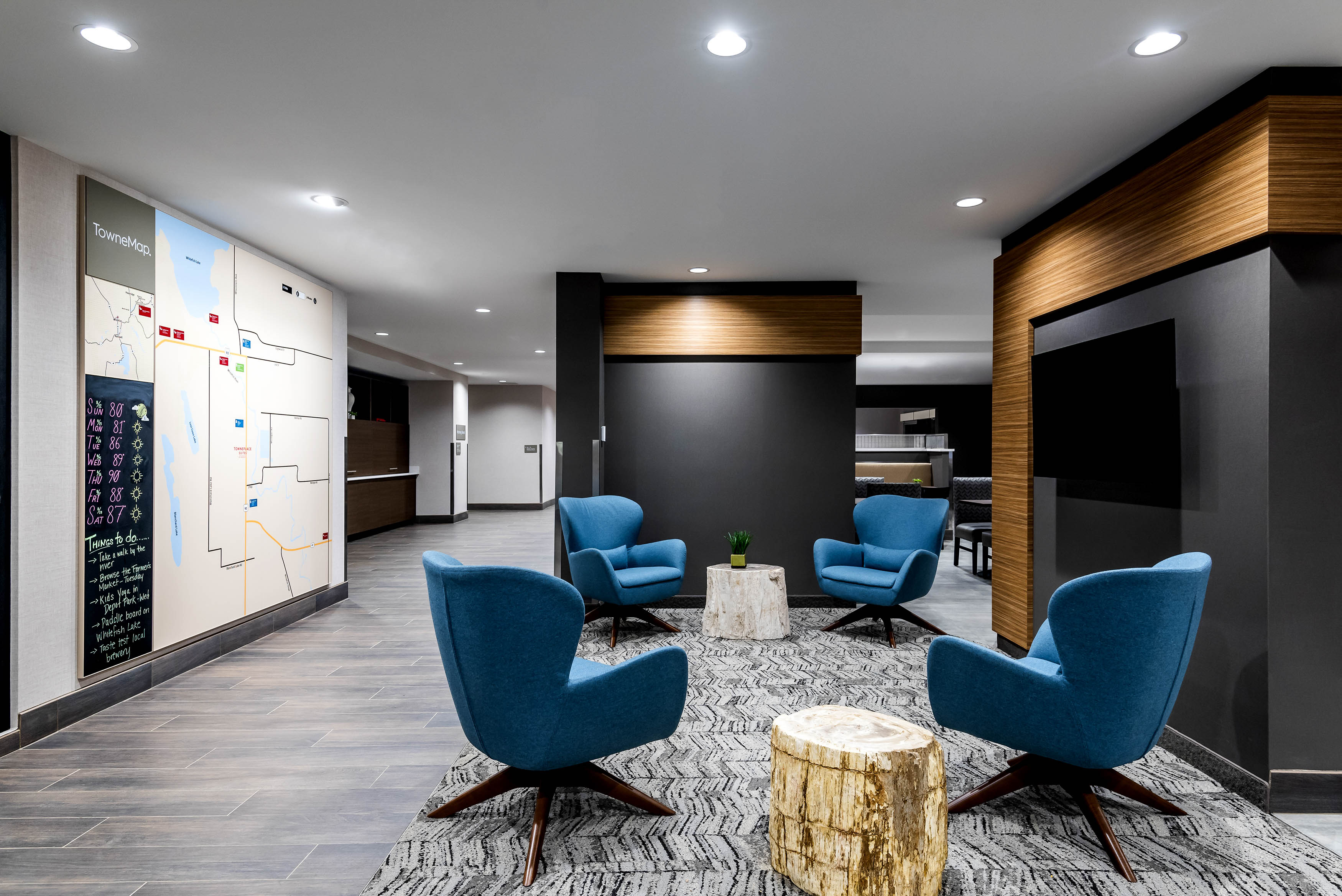 Towne-place-suite-marriott-hotels-towneplace-hotel-whitefish-montana-lobby