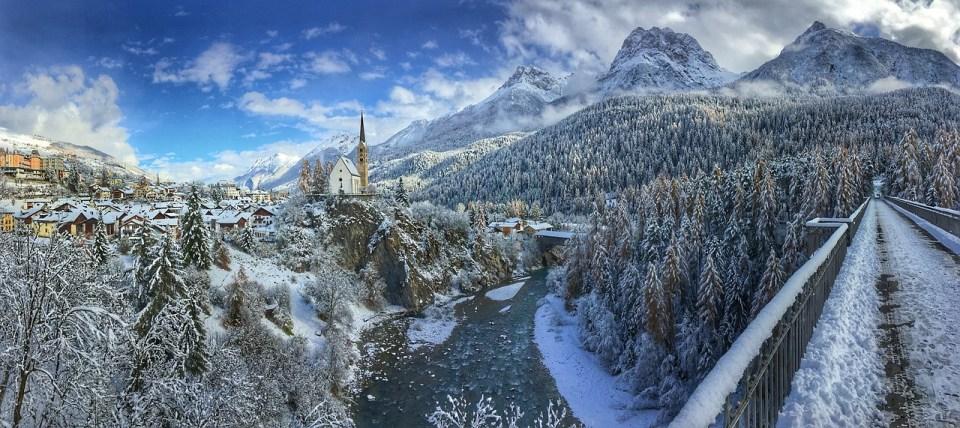 Приказна картина от Швейцария