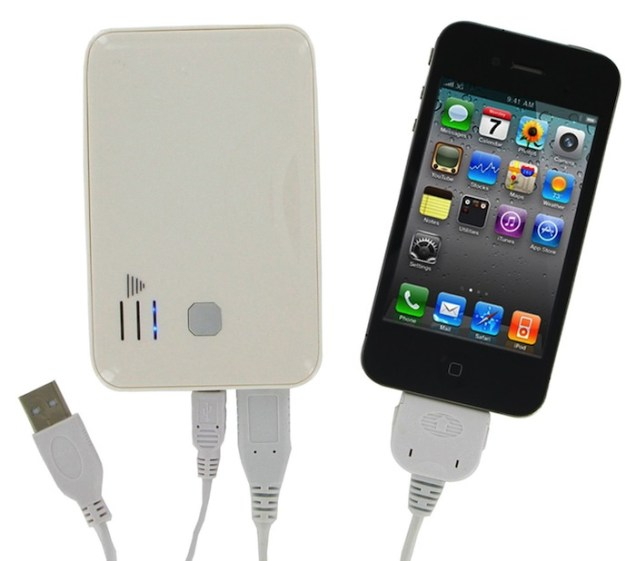 Power-Junkie-charging-iPhone