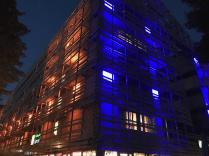 The Holiday Inn Express at night