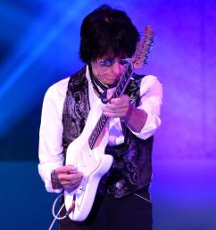 jeff beck r diamond getty images entertainment getty images [ 1000 x 1000 Pixel ]