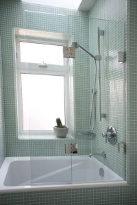 Shower Door of Canada Inc.: Bathtub Enclosures | Shower ...