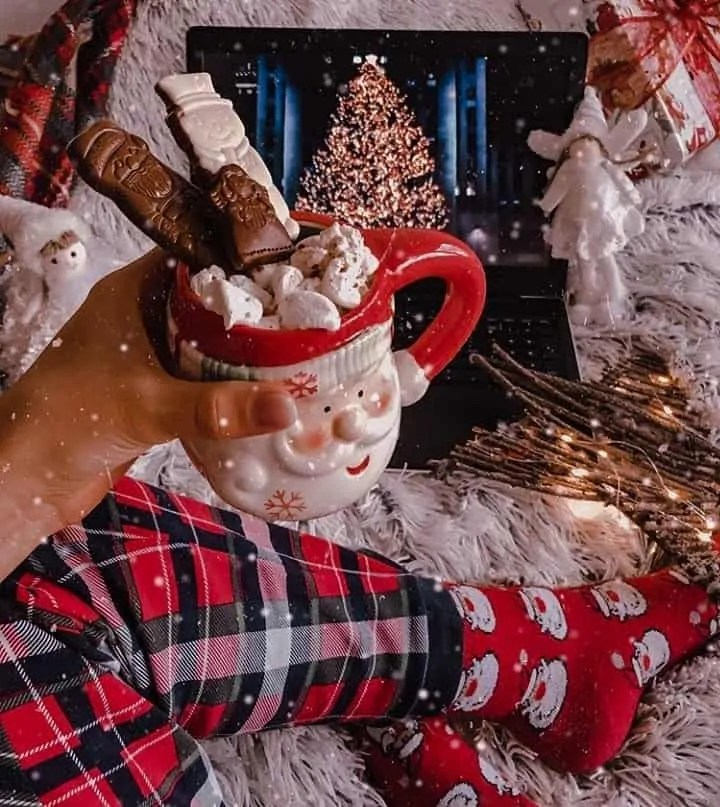 30 Christmas Aesthetic Images you must see: WARNING you will get Christmas mood INSTANTLY! 93