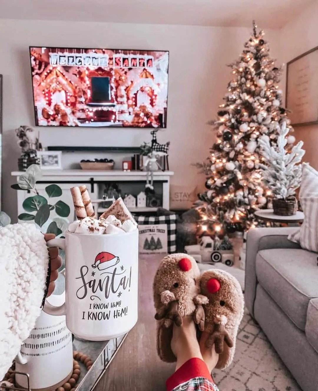 30 Christmas Aesthetic Images you must see: WARNING you will get Christmas mood INSTANTLY! 33
