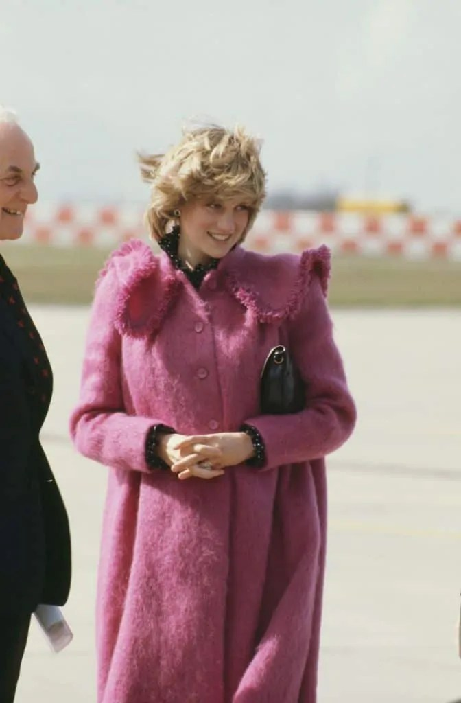 Princess Diana's Style: 150 Of The Most Iconic Princess Diana Fashion Moments 257
