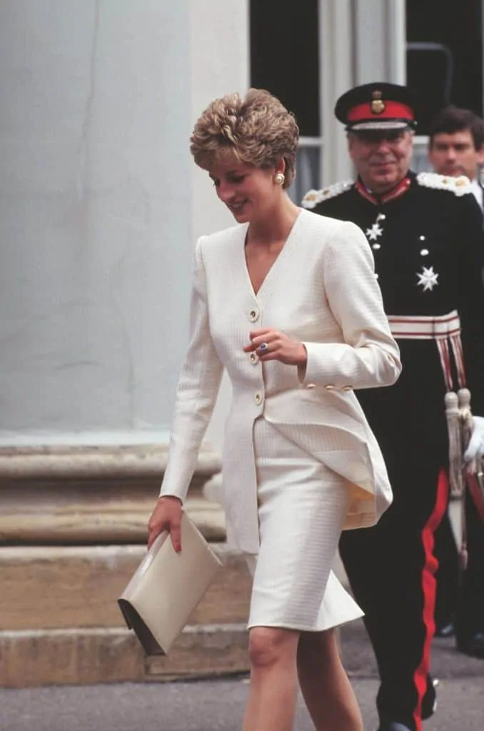 Princess Diana's Style: 150 Of The Most Iconic Princess Diana Fashion Moments 283