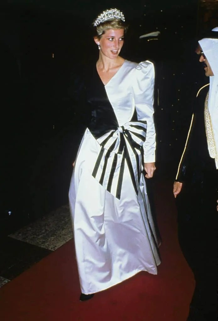 Princess Diana's Style: 150 Of The Most Iconic Princess Diana Fashion Moments 181