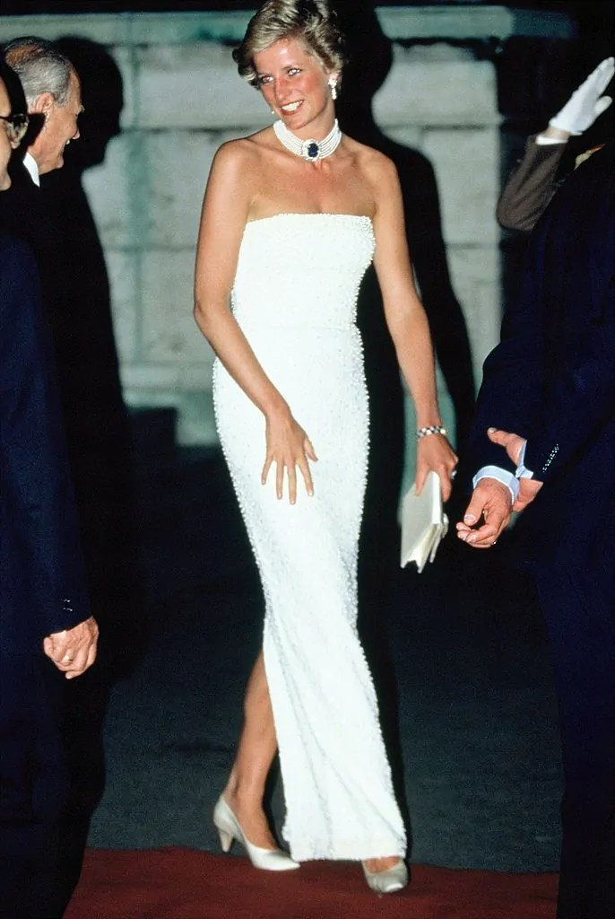 Princess Diana's Style: 150 Of The Most Iconic Princess Diana Fashion Moments 195