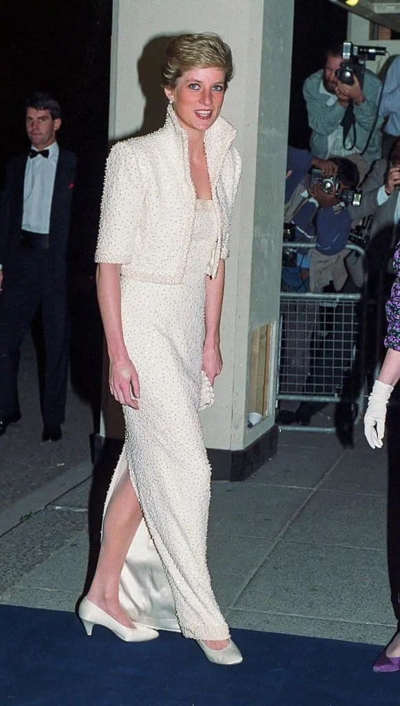 Princess Diana's Style: 150 Of The Most Iconic Princess Diana Fashion Moments 209