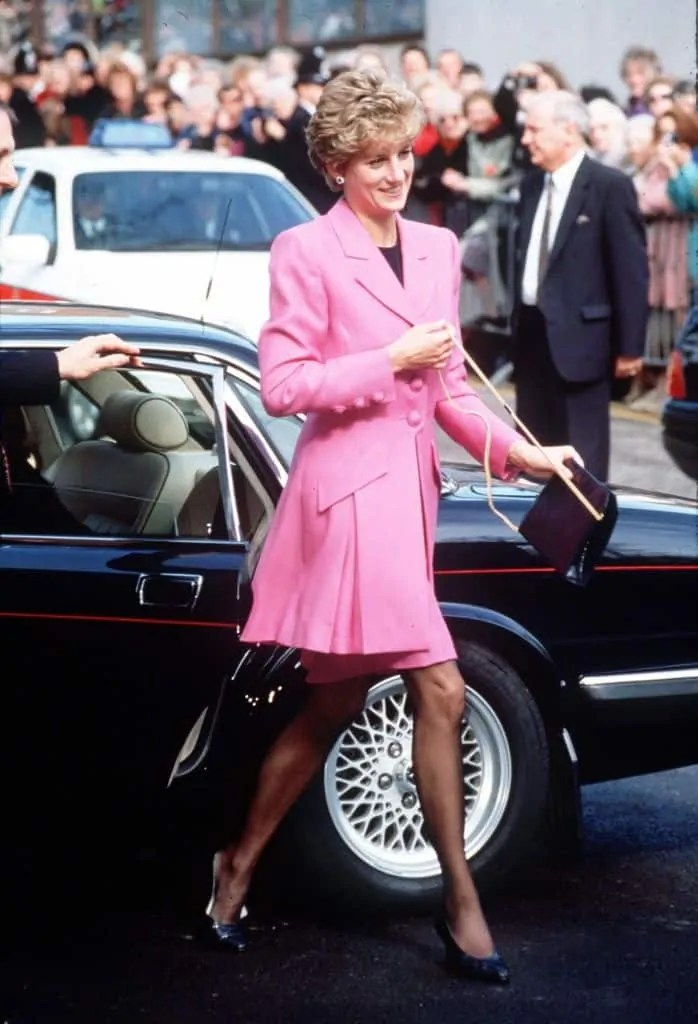 Princess Diana's Style: 150 Of The Most Iconic Princess Diana Fashion Moments 55