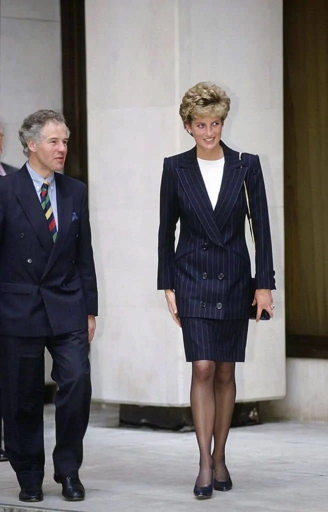 Princess Diana's Style: 150 Of The Most Iconic Princess Diana Fashion Moments 85