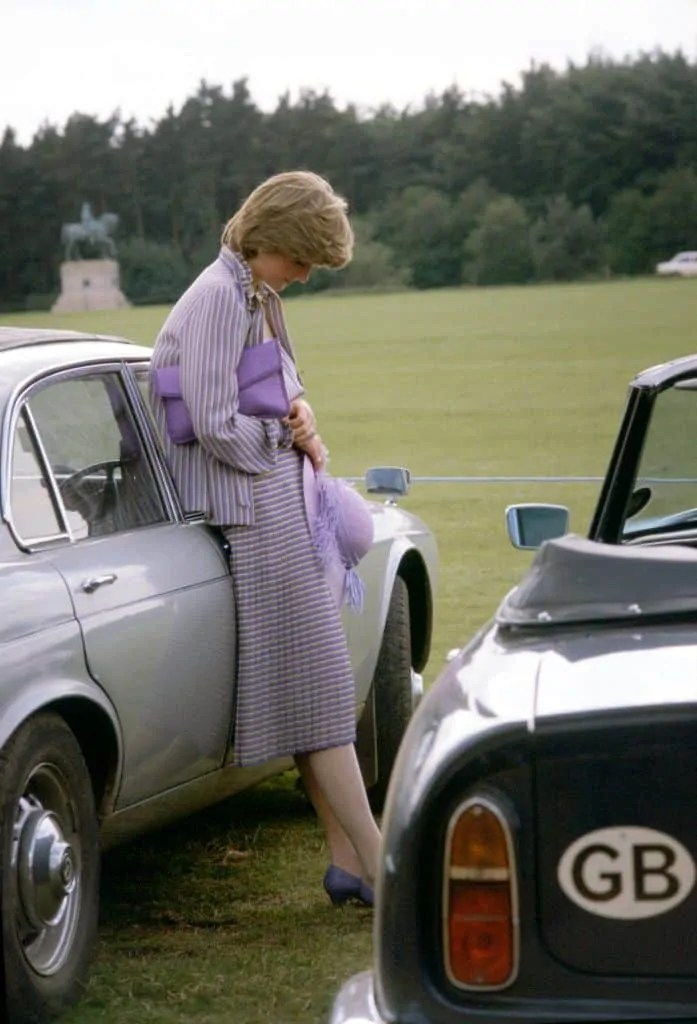 Princess Diana's Style: 150 Of The Most Iconic Princess Diana Fashion Moments 95