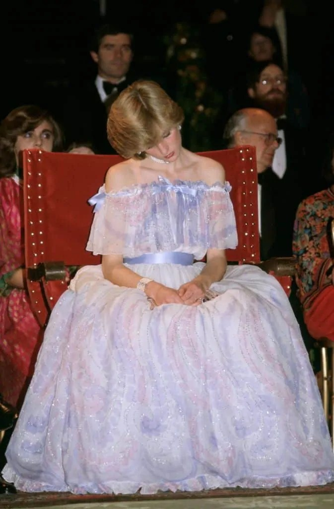 Princess Diana's Style: 150 Of The Most Iconic Princess Diana Fashion Moments 99