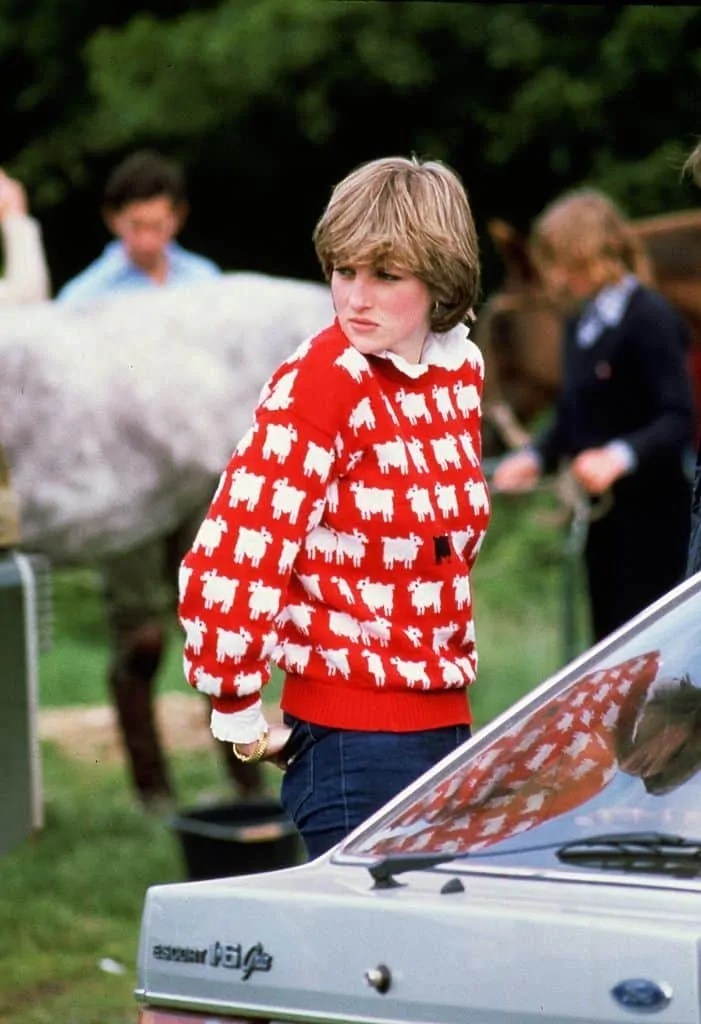 Princess Diana's Style: 150 Of The Most Iconic Princess Diana Fashion Moments 157