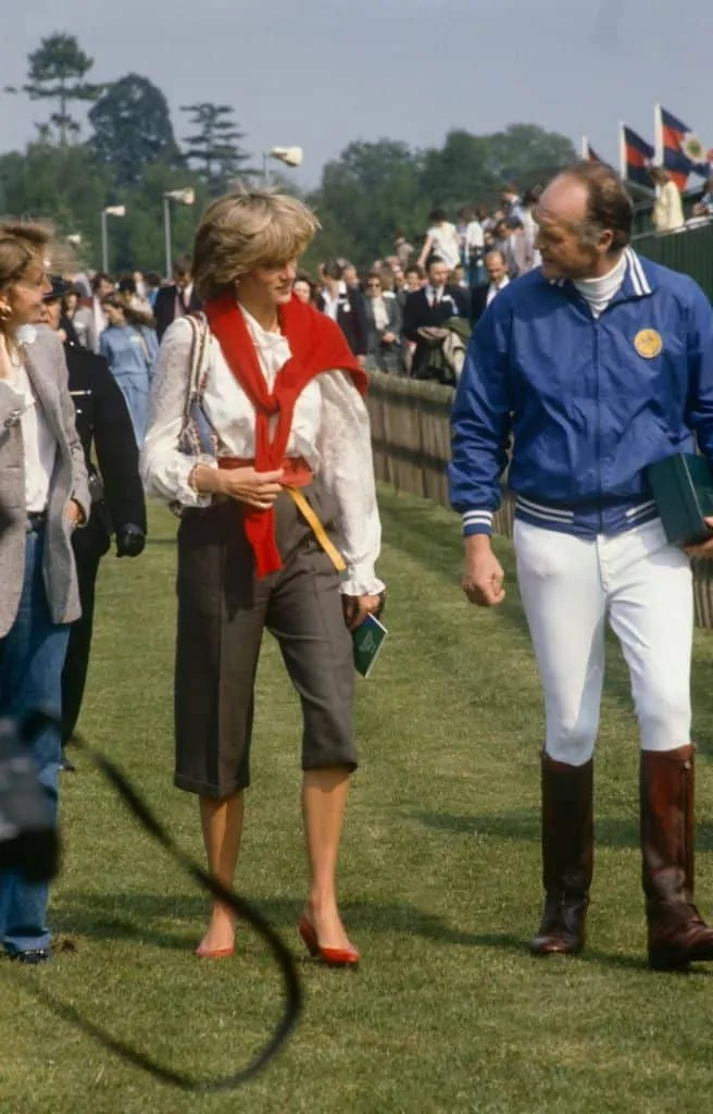 Princess Diana's Style: 150 Of The Most Iconic Princess Diana Fashion Moments 243