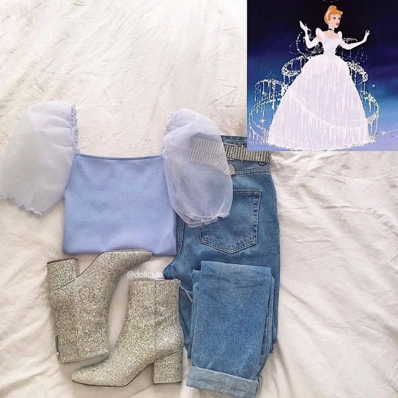 30+ Outfits Inspired by Disney that you have to see! 69