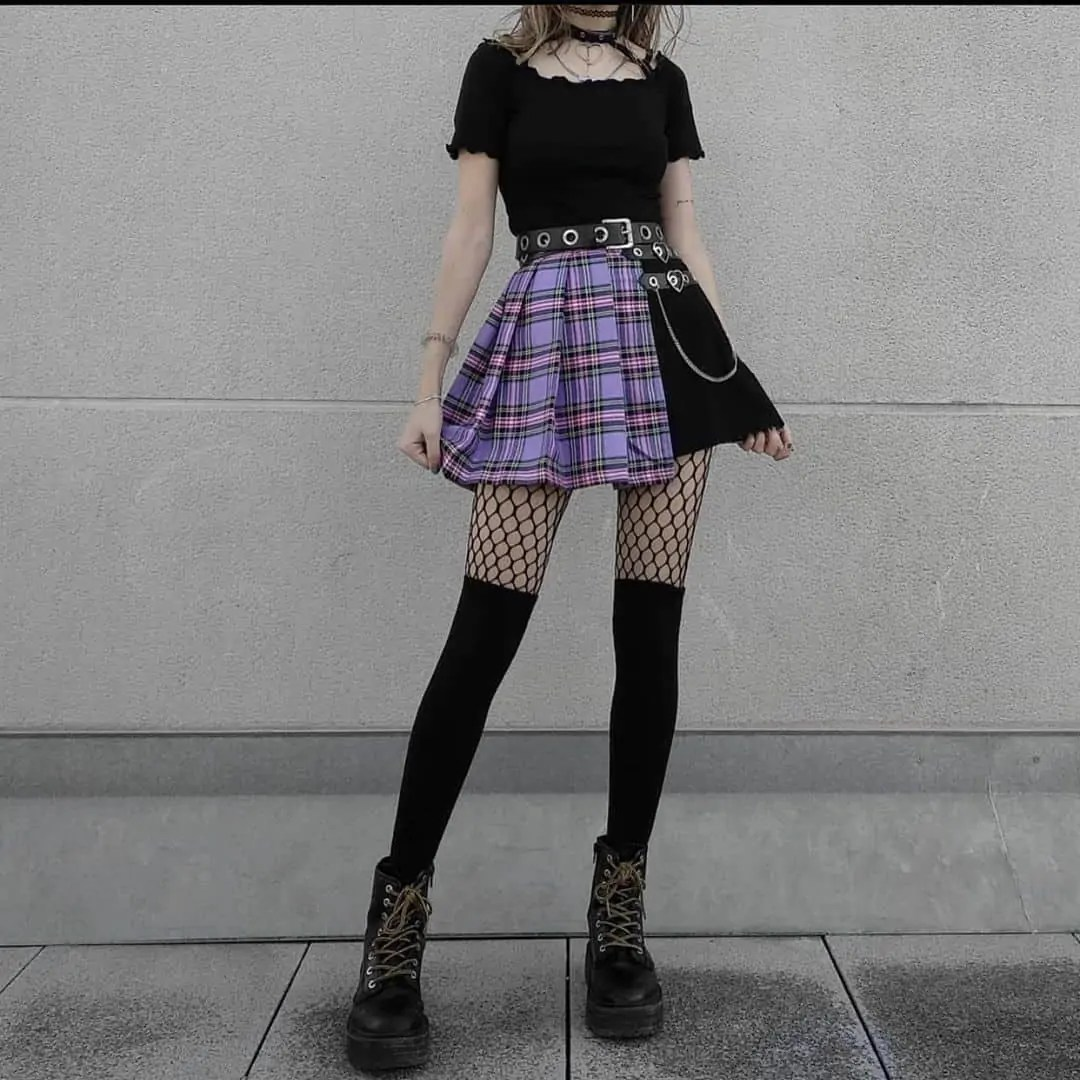 50+ Grunge Outfits that will Inspire you! 91