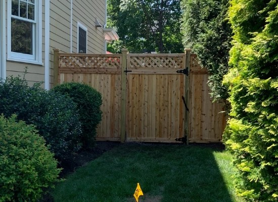 Solid wood privacy fence gate with lattice top