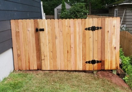 Wood fence and gate installed in New Jersey by Artistic Fence Company style #111