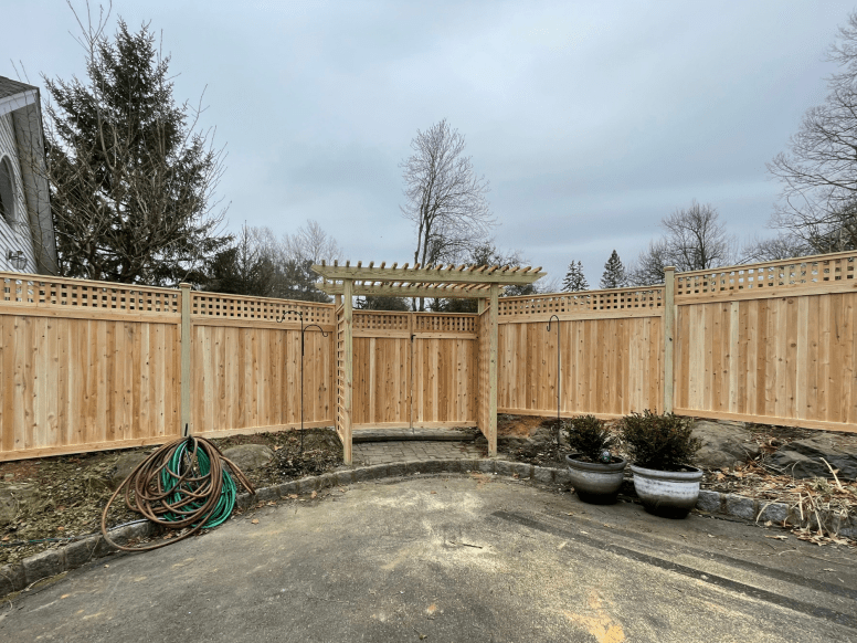 #221 Privacy With Square Lattice & Arbor