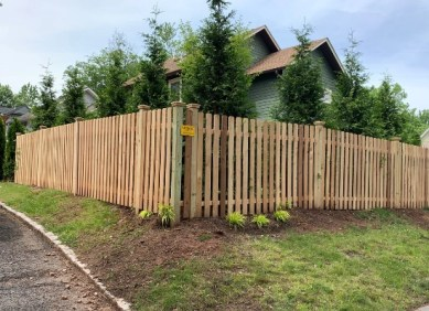 Wood picket fence installation in Montclair New Jersey done by Artistic Fence Company | Wood Fence Style #104