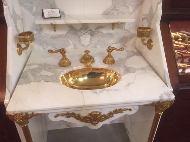 PE Guerin calacatta white marble sink niche