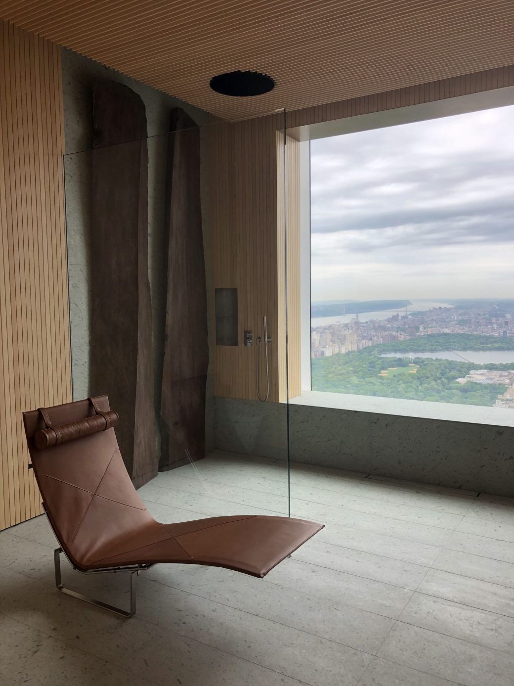 432 Park Ave his bath shower in Japanese marble with two sculptural plinths