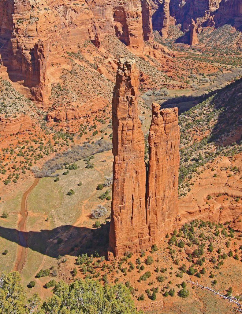 Title:Spider Rock Medium:	Photography Size:	2.3 MB