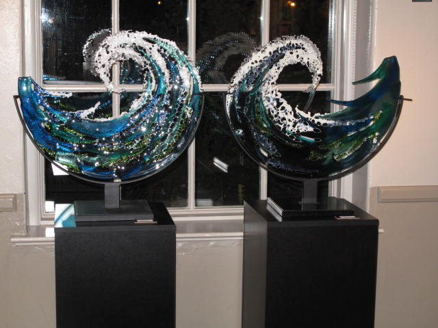 Title twin waves Medium fused glass Size 22 by 22